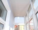 натяжной потолок на балконе-1