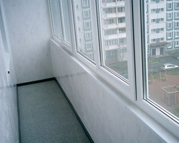 Обшивки балкона своими руками пластиком видео