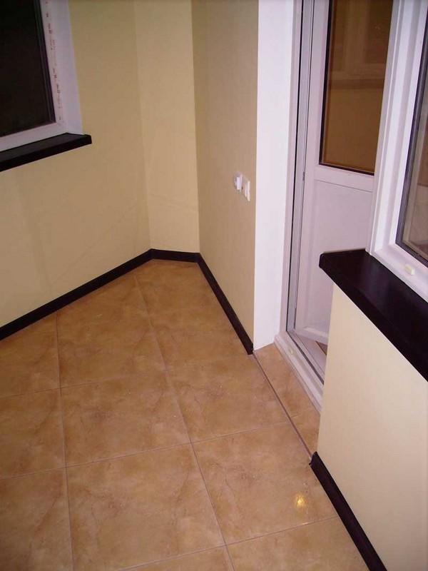 Плитка на пол на балкон: способы укладки напольной кафель....