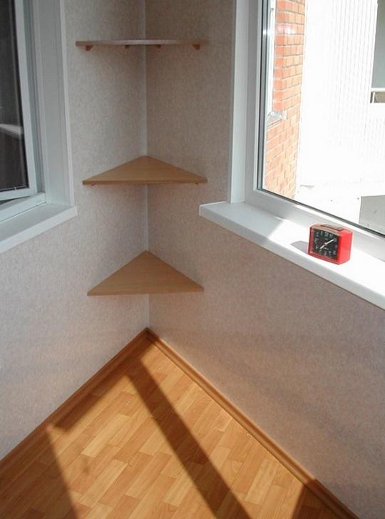 Полки на балконе: выбираем полочки на стену, фото.