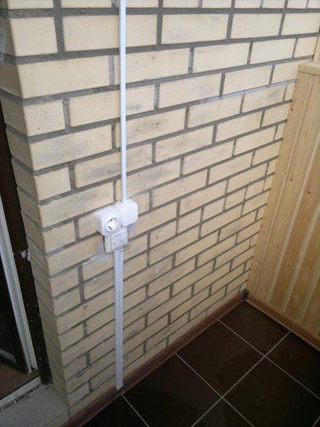 Розетка на балконе: как провести и сделать электропроводку.