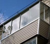 обшивка балкона сайдингом