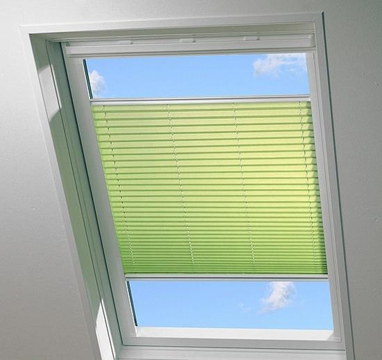 потолочные жалюзи на пластиковые окна