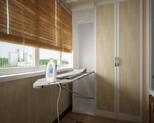 обустройство гардеробной комнаты на лоджии