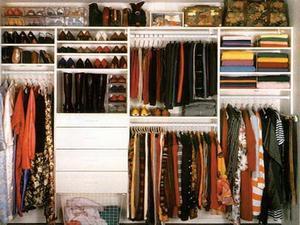Гардеробная на балконе: гардероб на лоджии, фото.