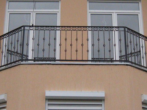 кованые ограждения балконов фото