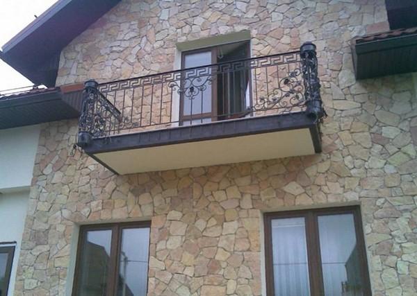 кованая ограда балкона