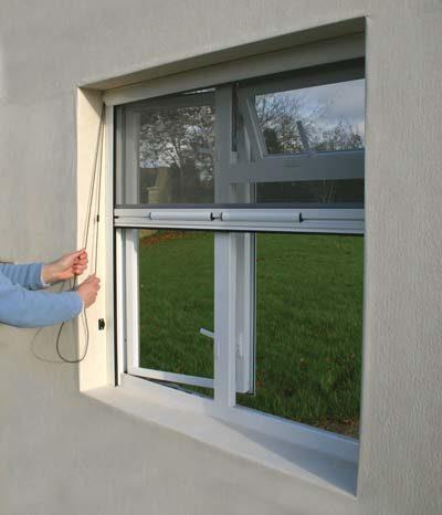 рулонные сетки на окна от комаров