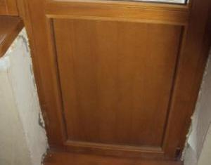 как утеплить деревянную балконную дверь