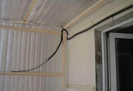 как сделать свет на балконе