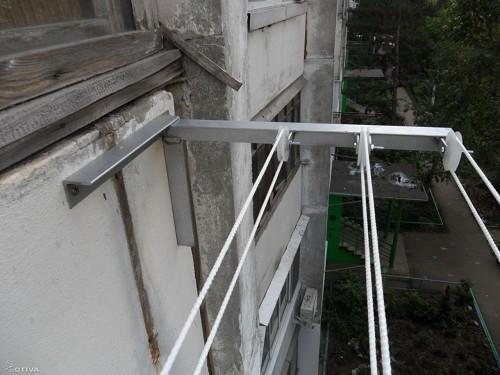 ... щоб білизняна мотузка на балкон була змонтована зовні bb6ce671edb59