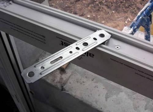 как застеклить балкон пластиковыми окнами