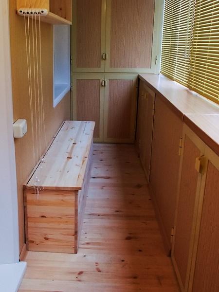 скамейка на балкон с ящиком