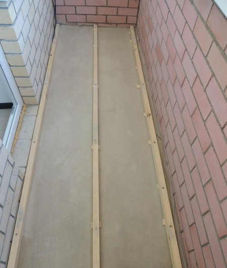 как сделать деревянный пол на балконе